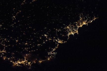 Côte d'Azur, France, at night, from #ISS, Dec. 2, 85-mm